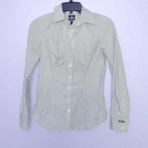 Express the essential shirt sz XS fitted micro dot